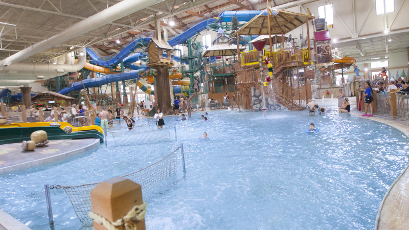 Which Indoor Water Park In The Poconos Is Best For Your