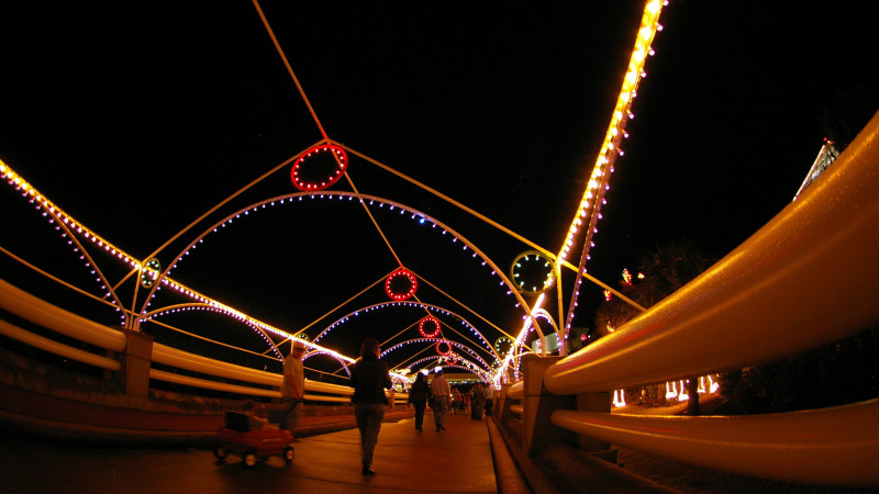 Best places to see holiday lights in the houston area - Moody gardens festival of lights 2016 ...