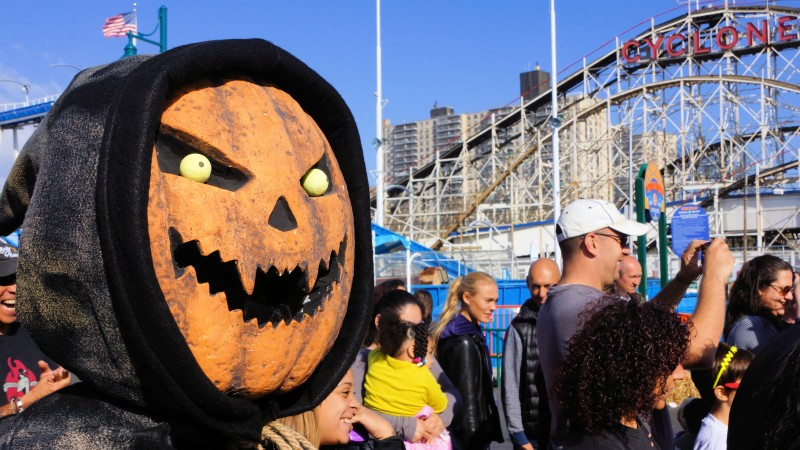 nycs most spooky and fun halloween events for families article - Halloween For Kids In Nyc