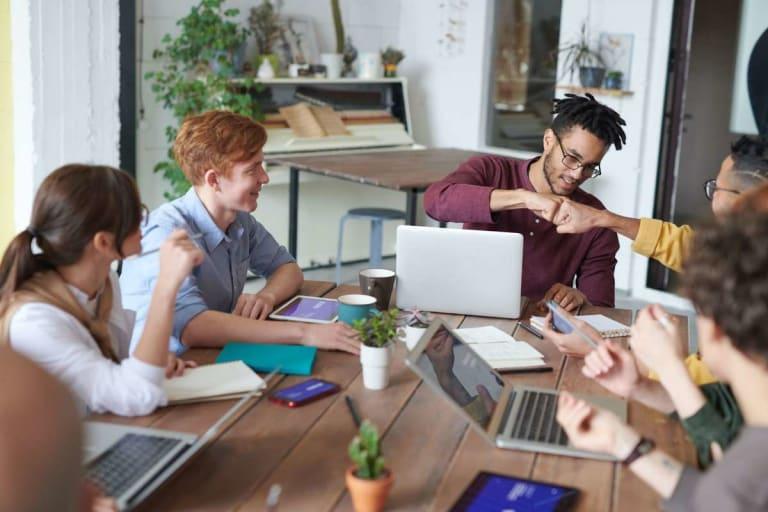 Document management online: a collaborative canvas for 2021