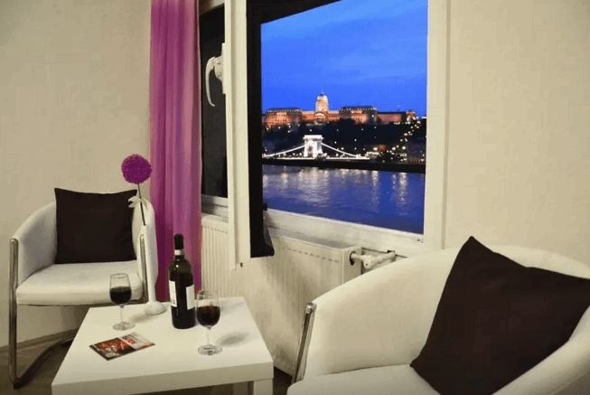 Airbnb with a View of the Danube