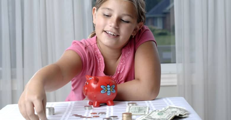 Middle School student learns about money