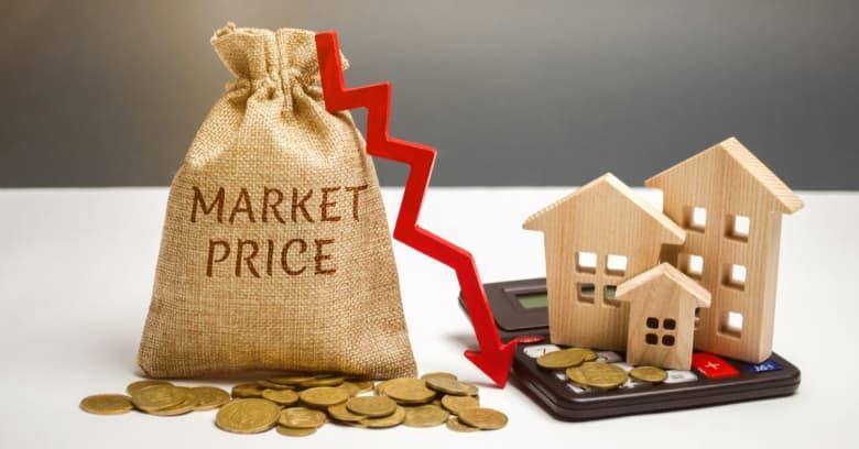Decreasing housing prices