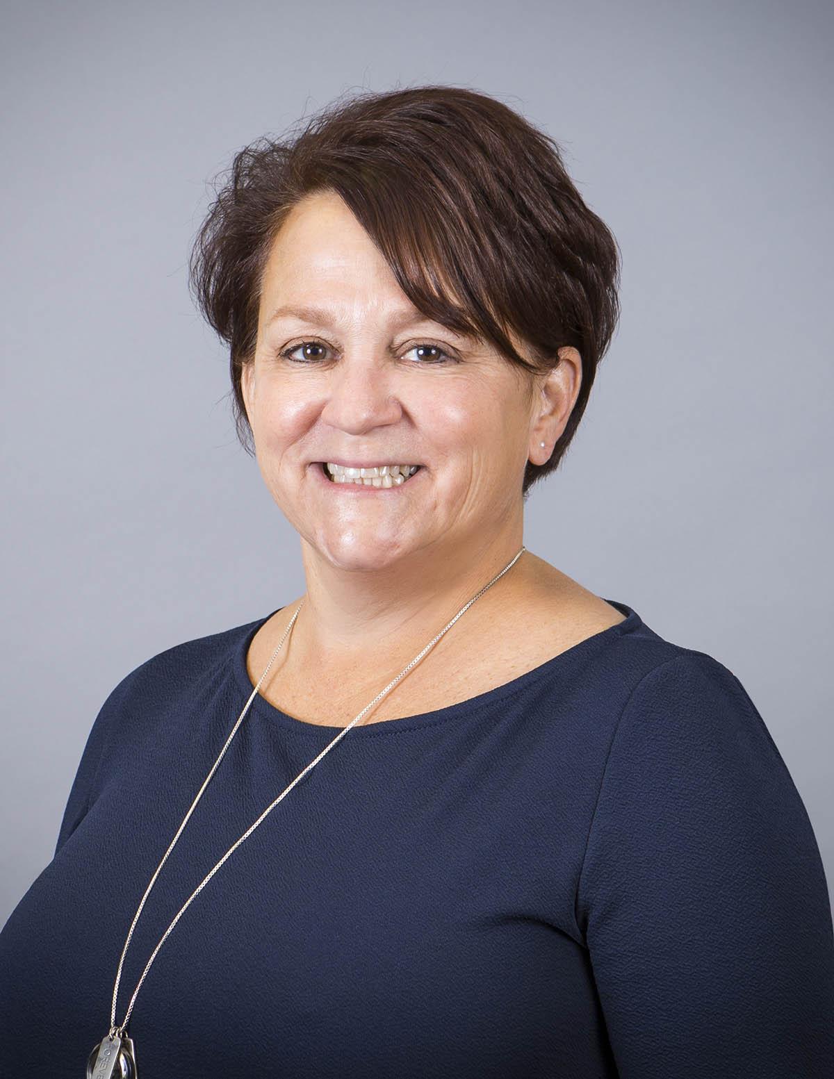 Monona Bank Loan Specialist Carol Maki
