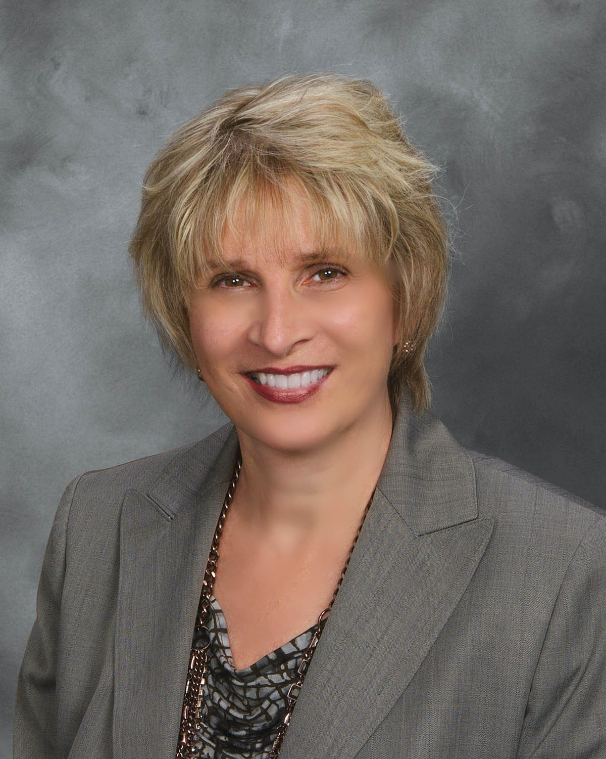 Paula Possin - Wealth Manager
