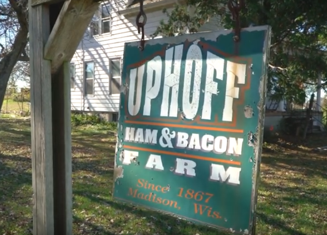 Green sign for Uphoff Farm