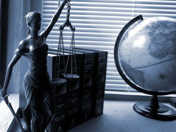 לפתוח משרד עורכי דין
