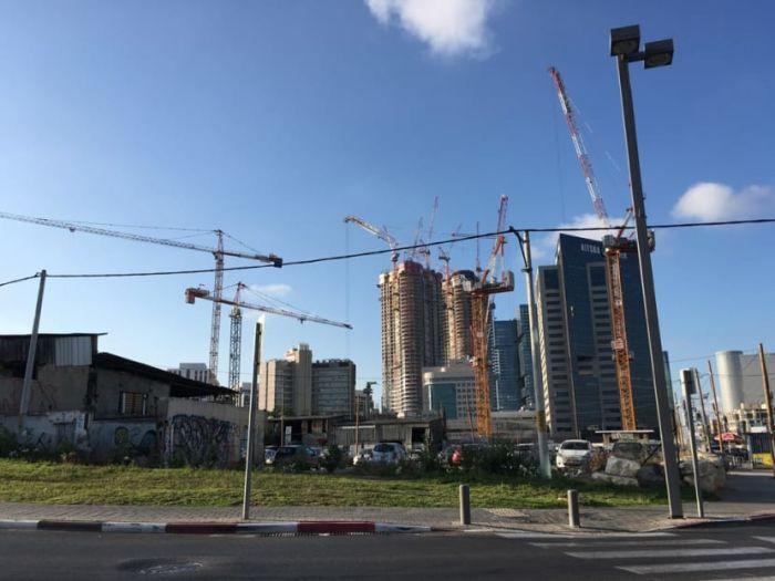 נדלן מסחרי-מתחם חסן ערפה בתל אביב, מבט מדרום