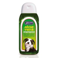 Johnsons Aloe Vera Dog Shampoo