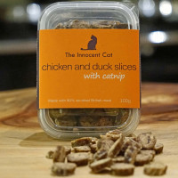 The Innocent Cat Treats 100g - Chicken and Duck Slices with Catnip