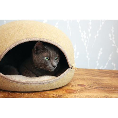 Buster & Beau Beige Oslo Pod for Cats