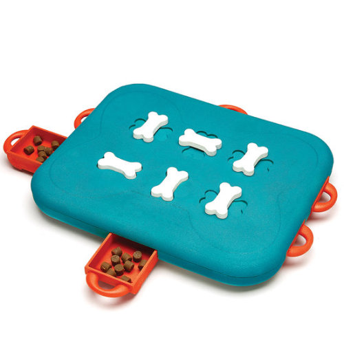 Nina Ottosson Level 3 Casino Dog Toy