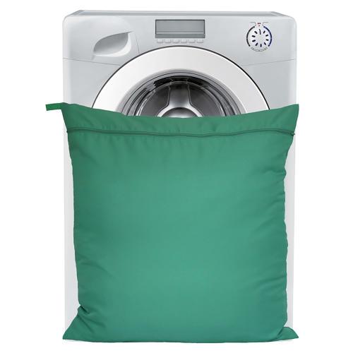 Moorland Rider Petwear Wash Bag in Green