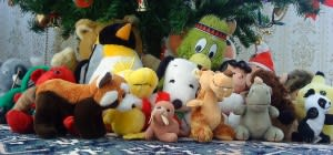Christmas tree cuddly toys
