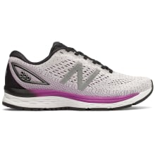 New Balance Women's 880 V9 Running Shoes