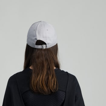 New Era 940 Essential Neyyan - Sold Out Online
