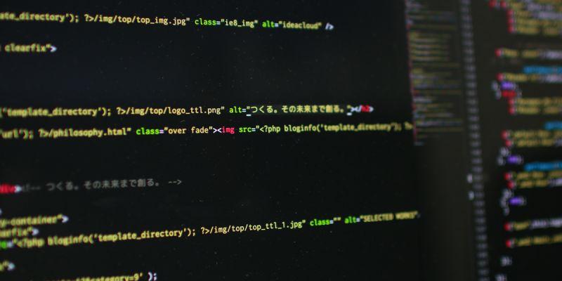 最新の技術開発に携わることができるプログラマー