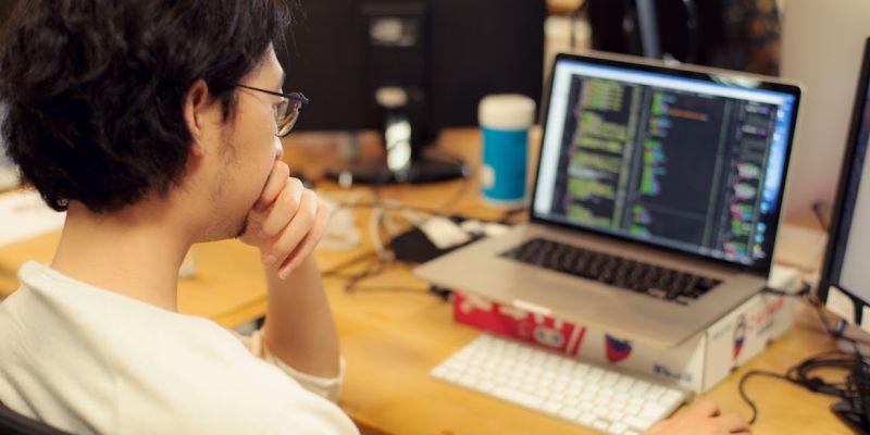 Webバックエンドを支えるサーバーエンジニアを募集します。