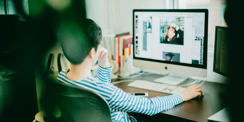 大阪オフィスの事業拡大を担うWebデザイナーを募集!