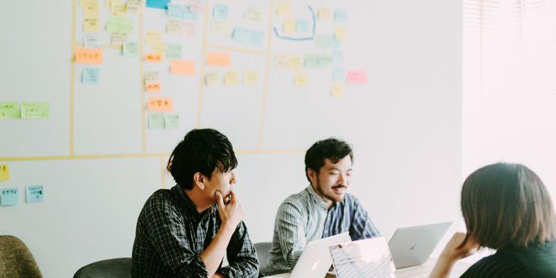 テクノロジーとユーザーの架け橋となるフロントエンドエンジニアを募集中!