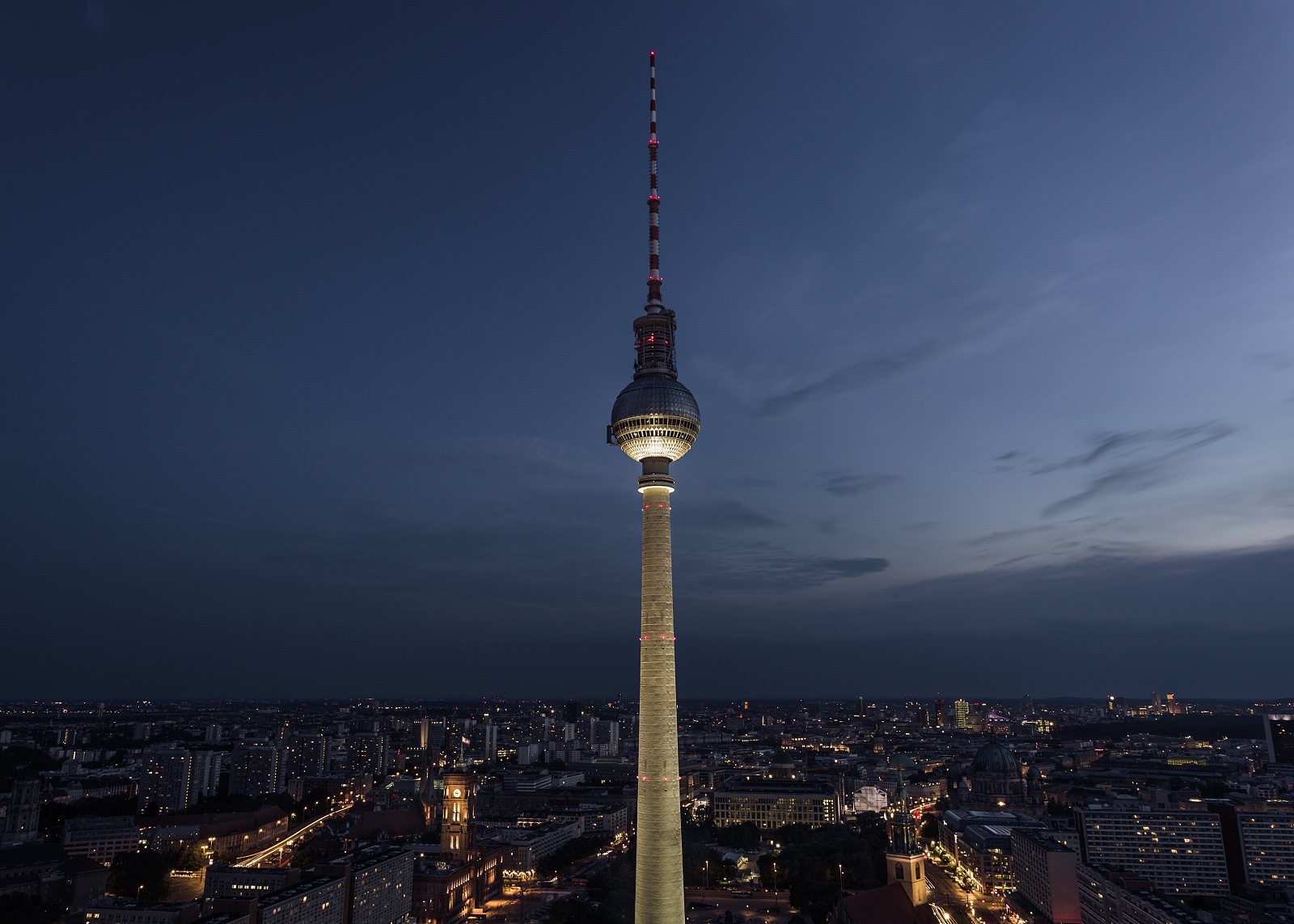 Fernsehturm in twilight