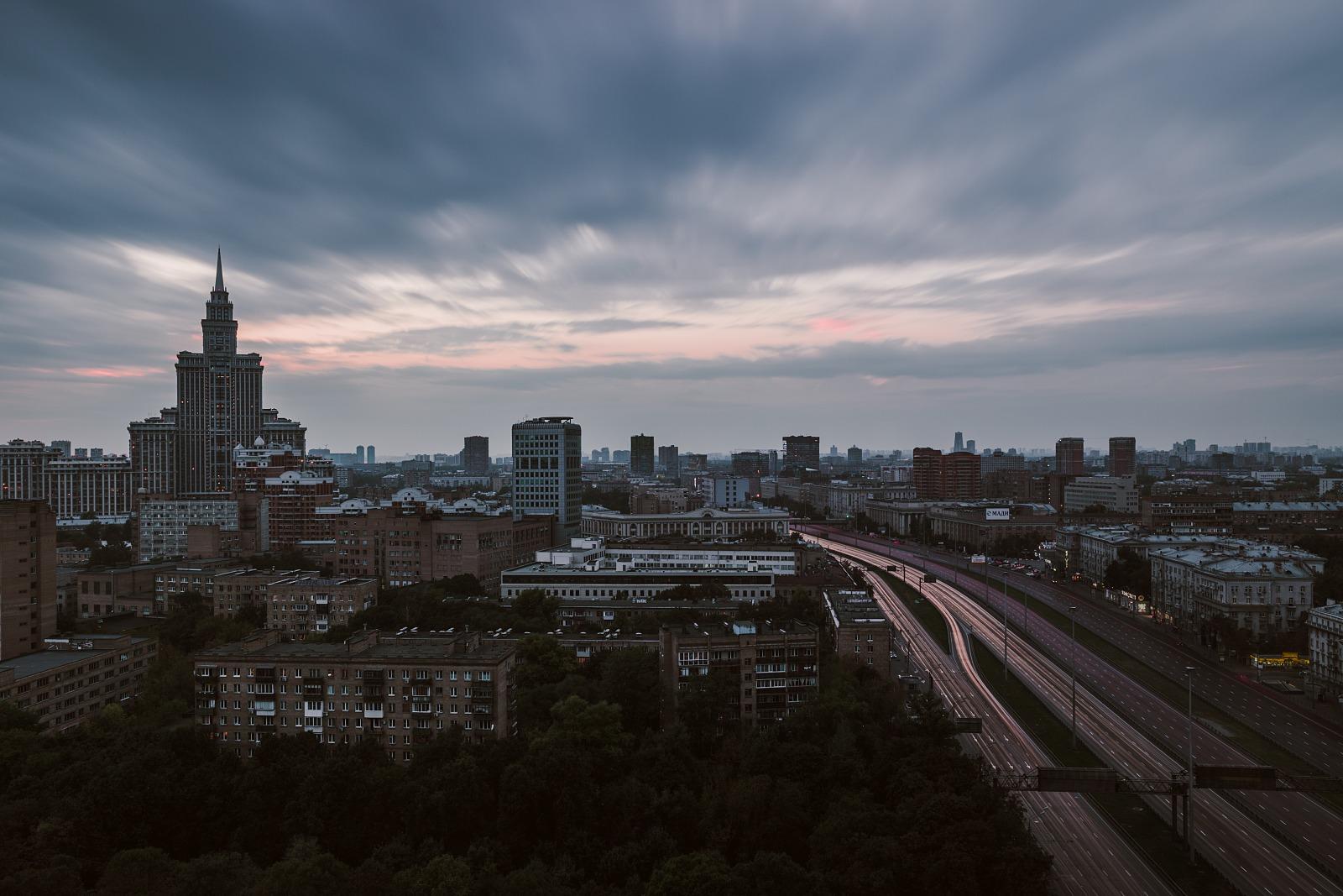 Triumph Palace and Leningradsky Avenue