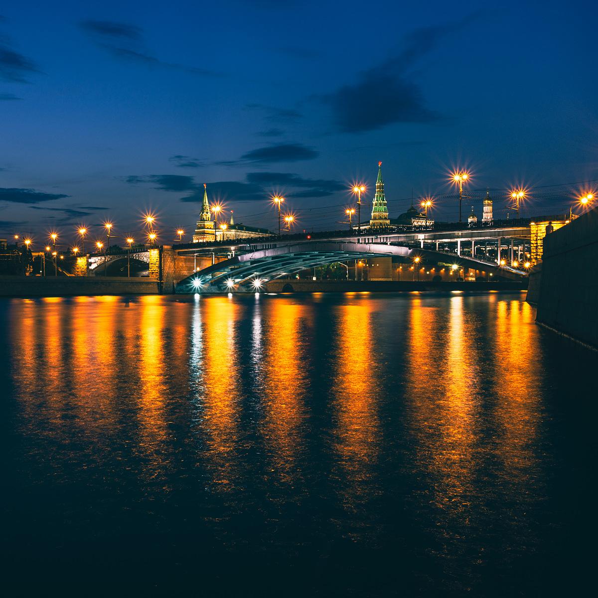 Bolshoy Kamenny Bridge in Twilight