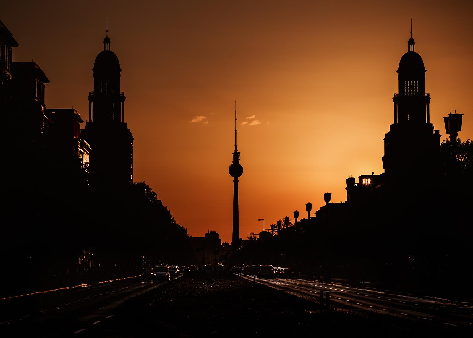 Frankfurter Tor at sunset
