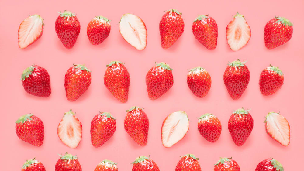 8 Strawberry Benefits For Skin