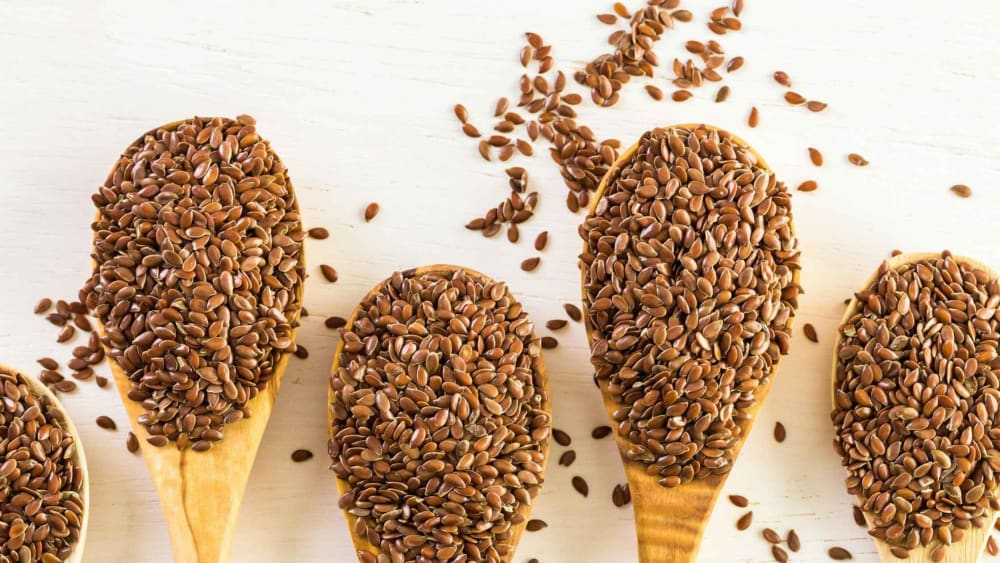 Benefits of Eating Flax Seeds for Women