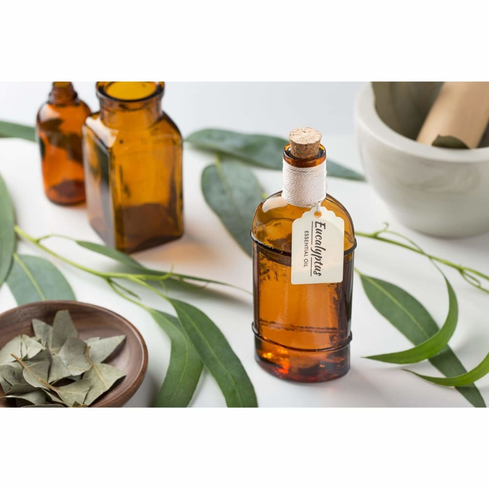 Eucalyptus (Nilgiri) Oil For Hair: How To Use It, Benefits & Side Effects