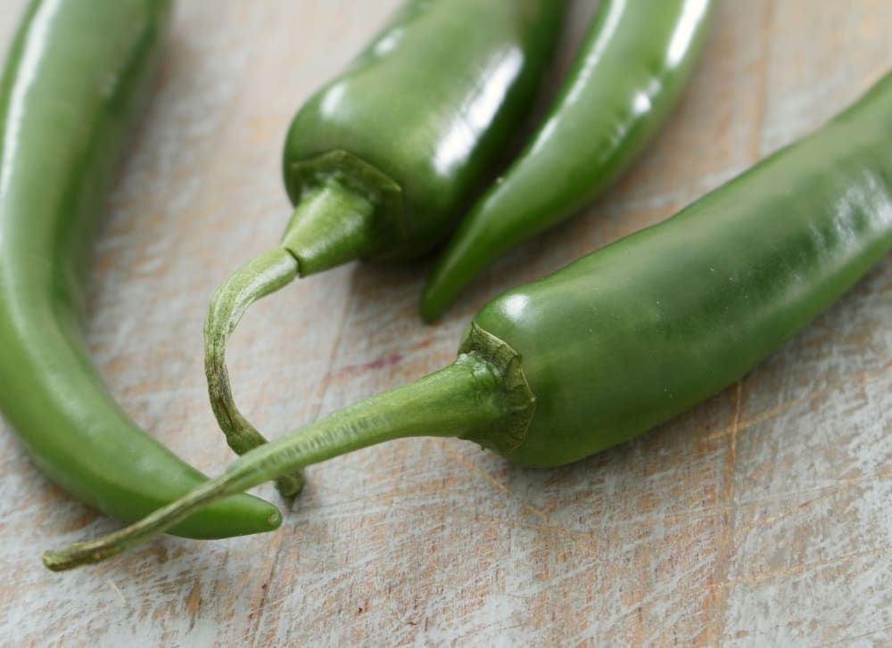 15 Surprising Green Chilli Benefits for Health - BodyWise