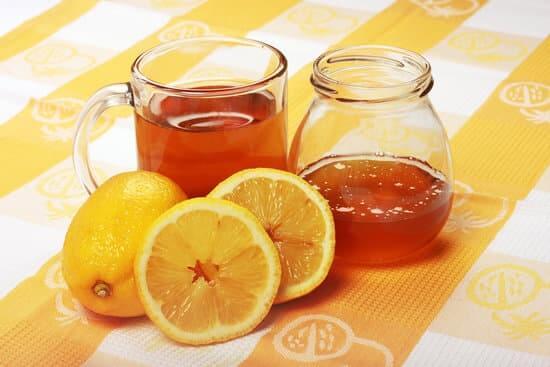 lemon juice and honey to get rid of dandruff