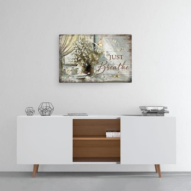 Medium Landscape Canvas front