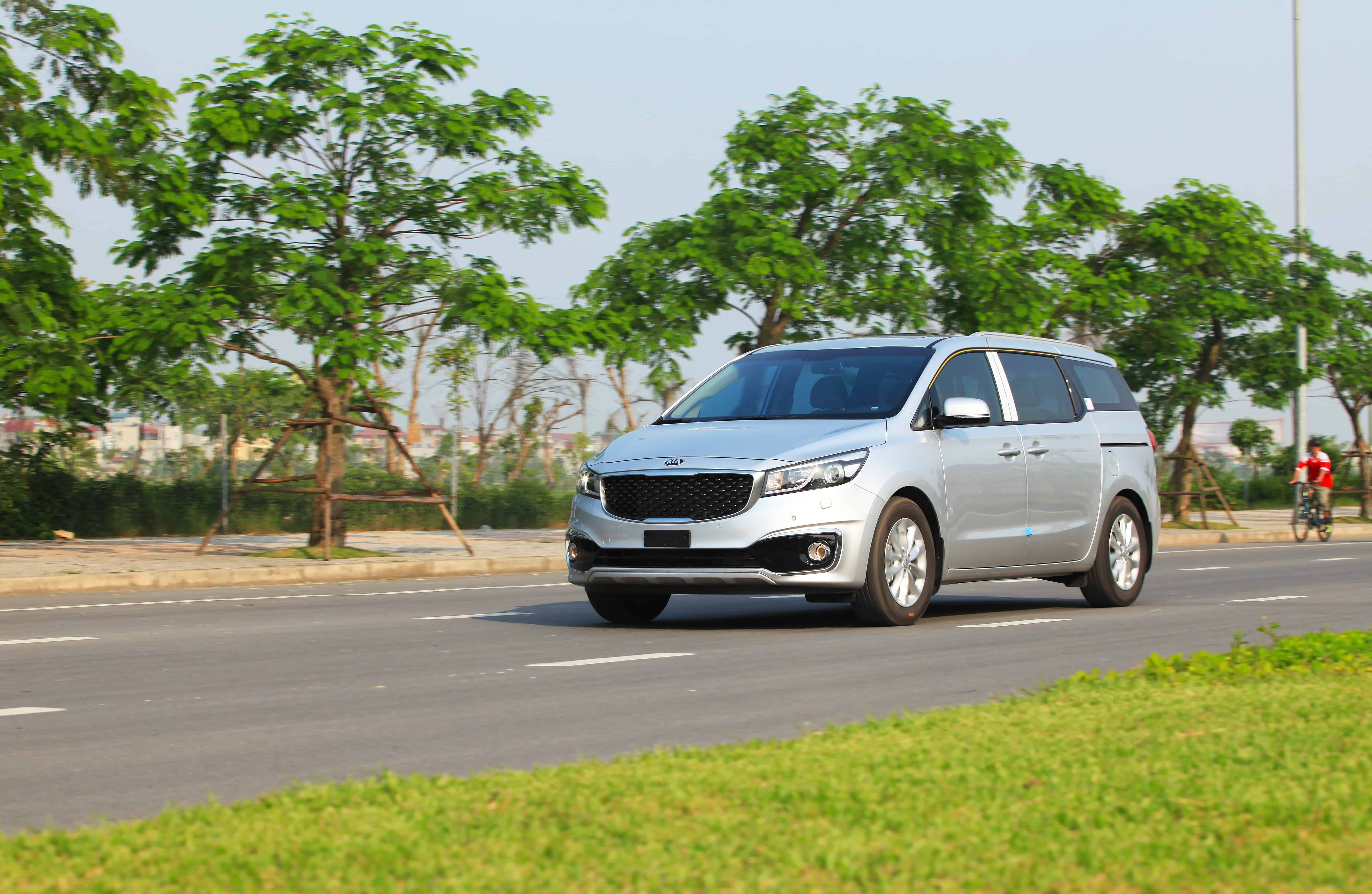 Kia Sedona minivans recalled for potential fire hazard