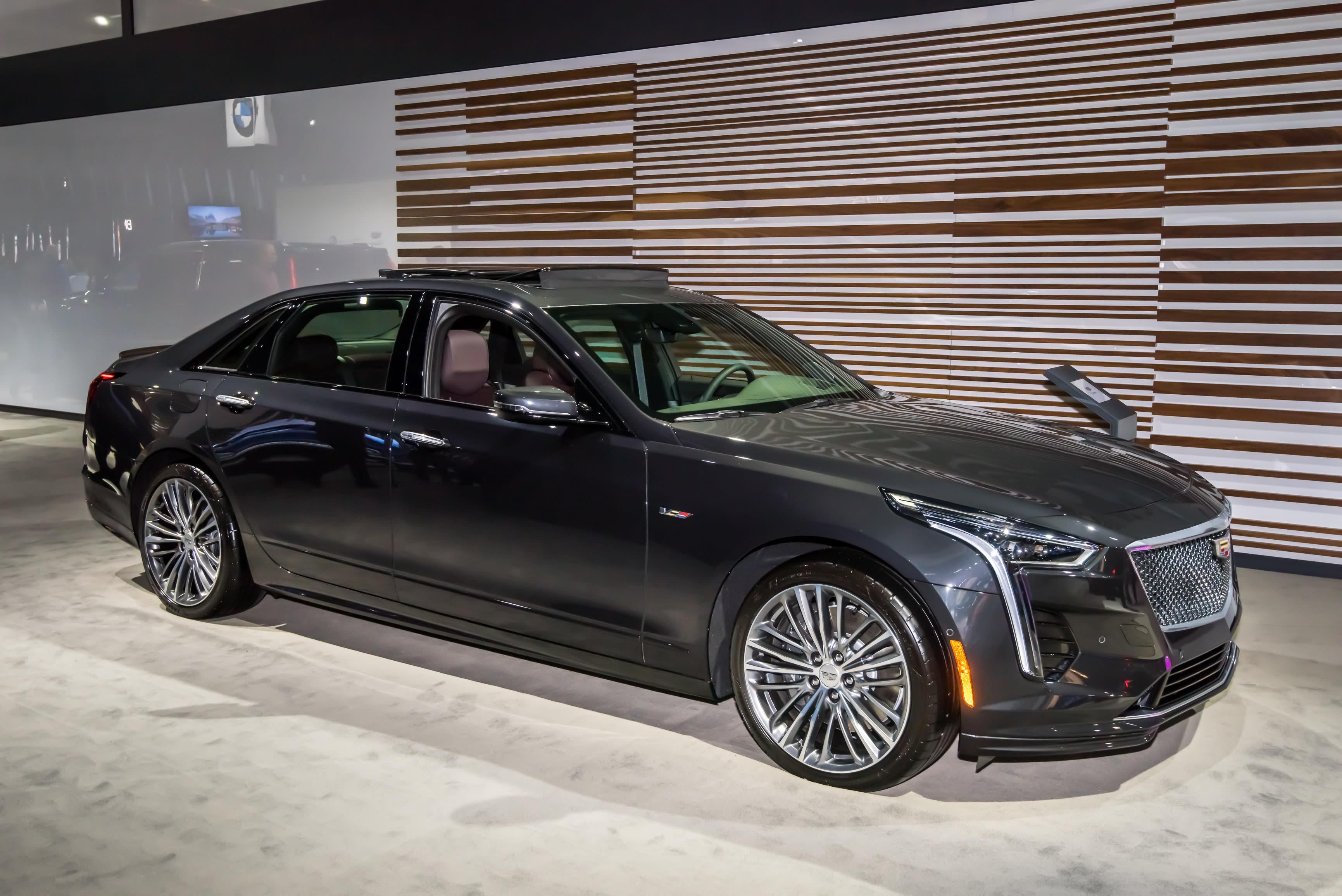 General Motors LLC Recalls 2019 Cadillac CT6 Vehicles for Turn Signal Defect