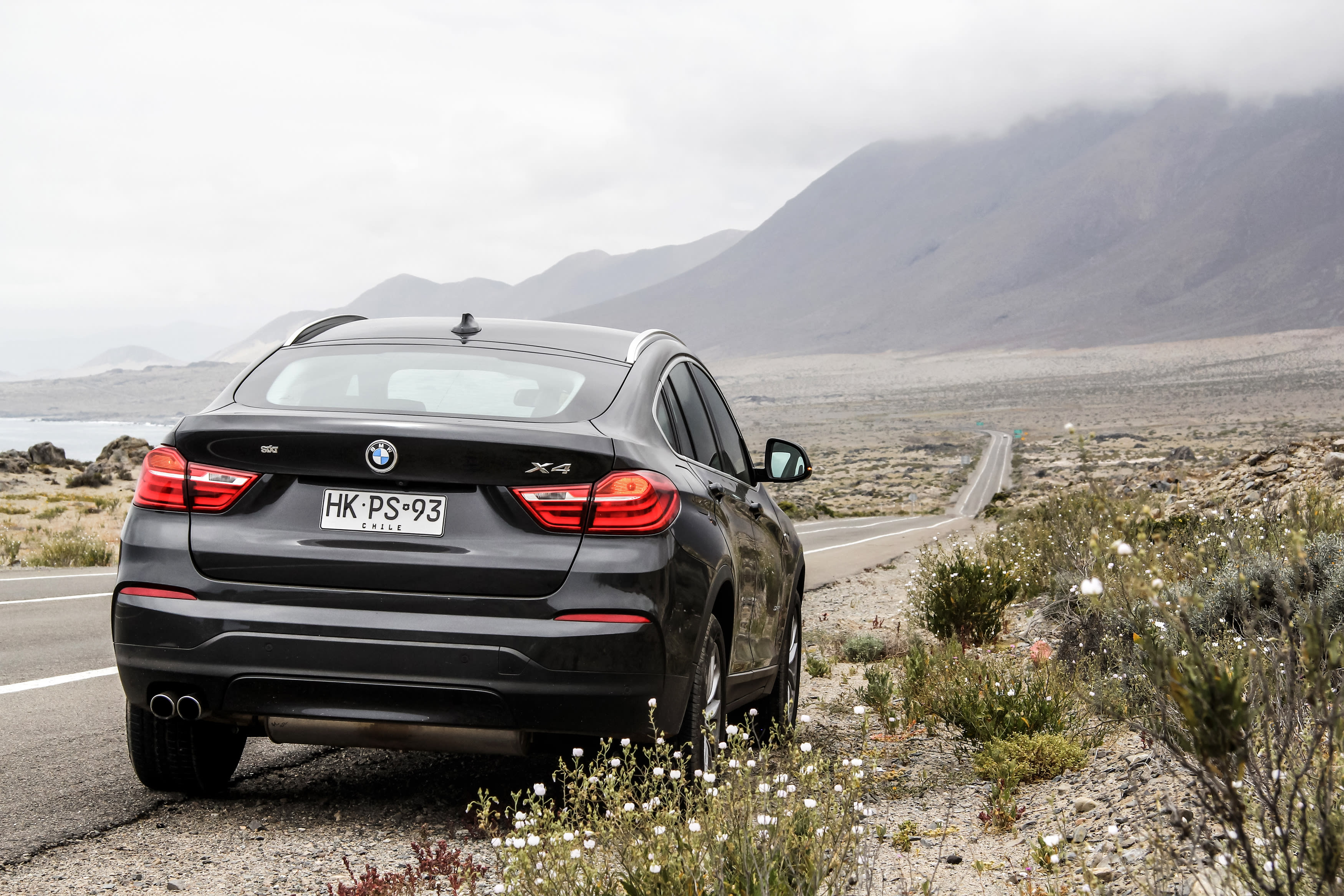 Seat Defect Spurs Recall of BMW SUVs