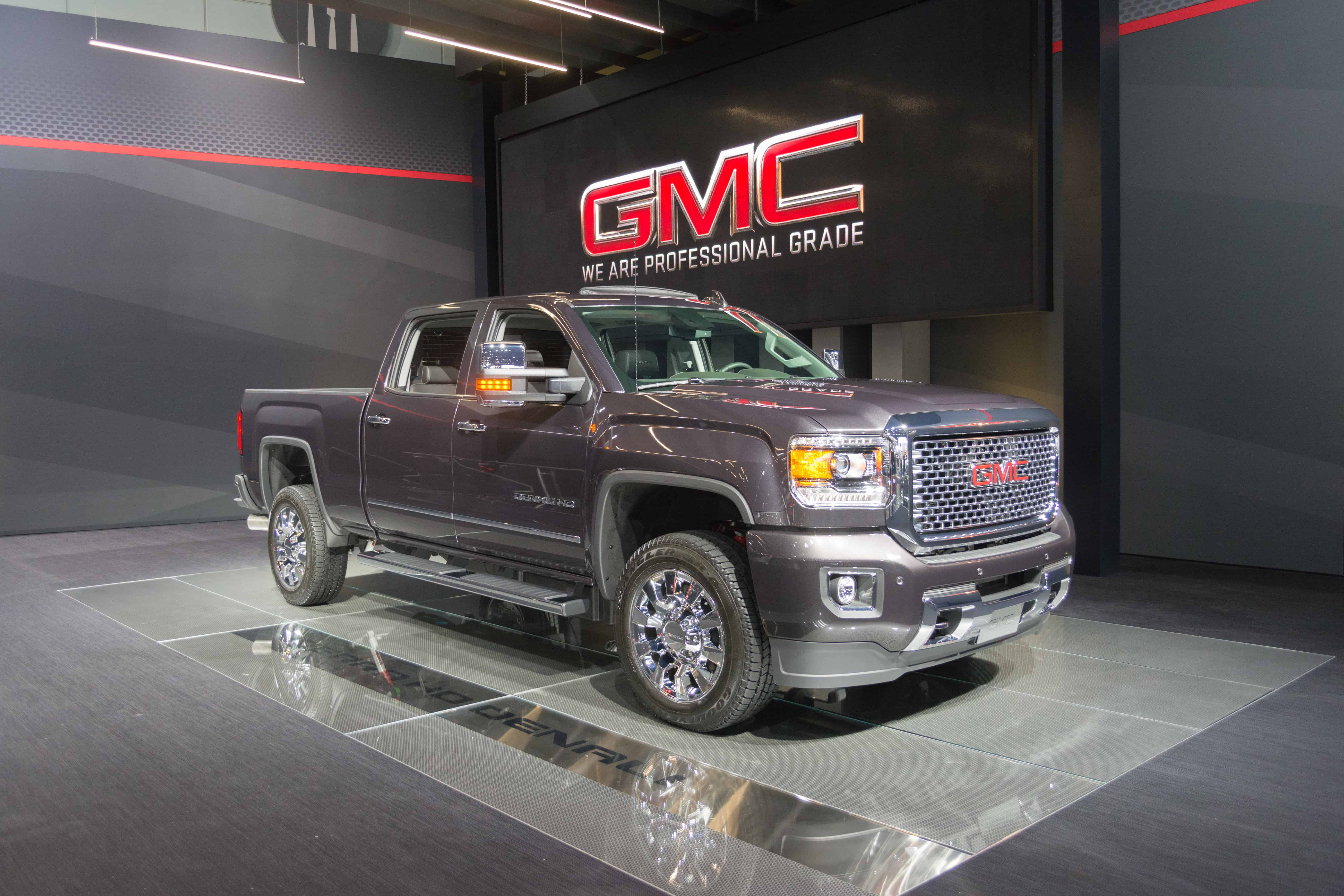 GM Recalls GMC Sierra 3500 And Chevrolet Silverado 3500 Trucks for Fueling Issue