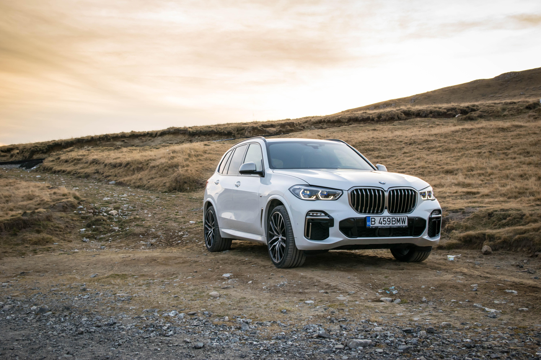 BMW Recalls 2019 X5 xDrive40i and xDrive50i Vehicles For Seat Belt Issue