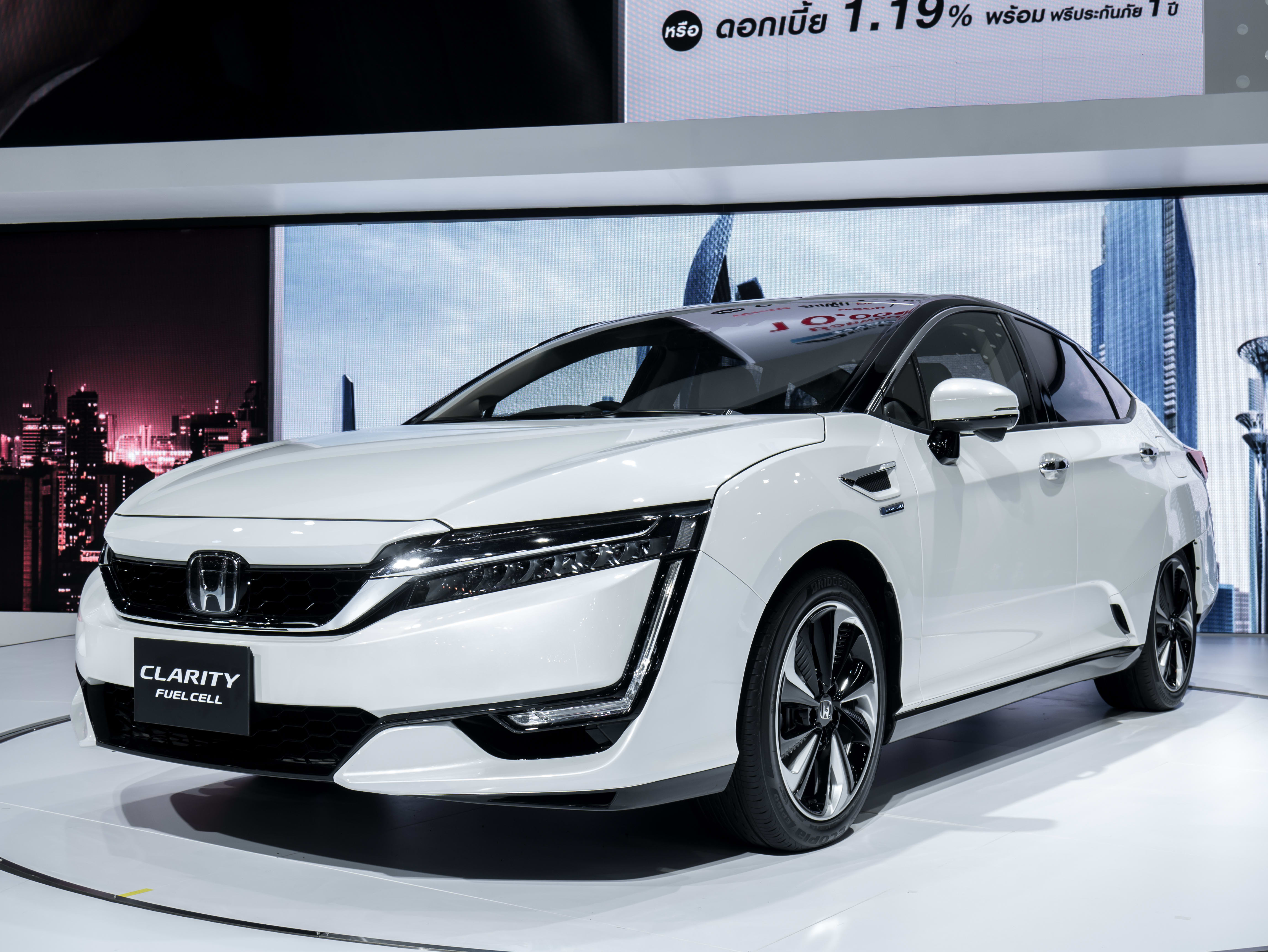 Honda Recalls More Than 1,000 Leased Clarity Fuel Cell Vehicles