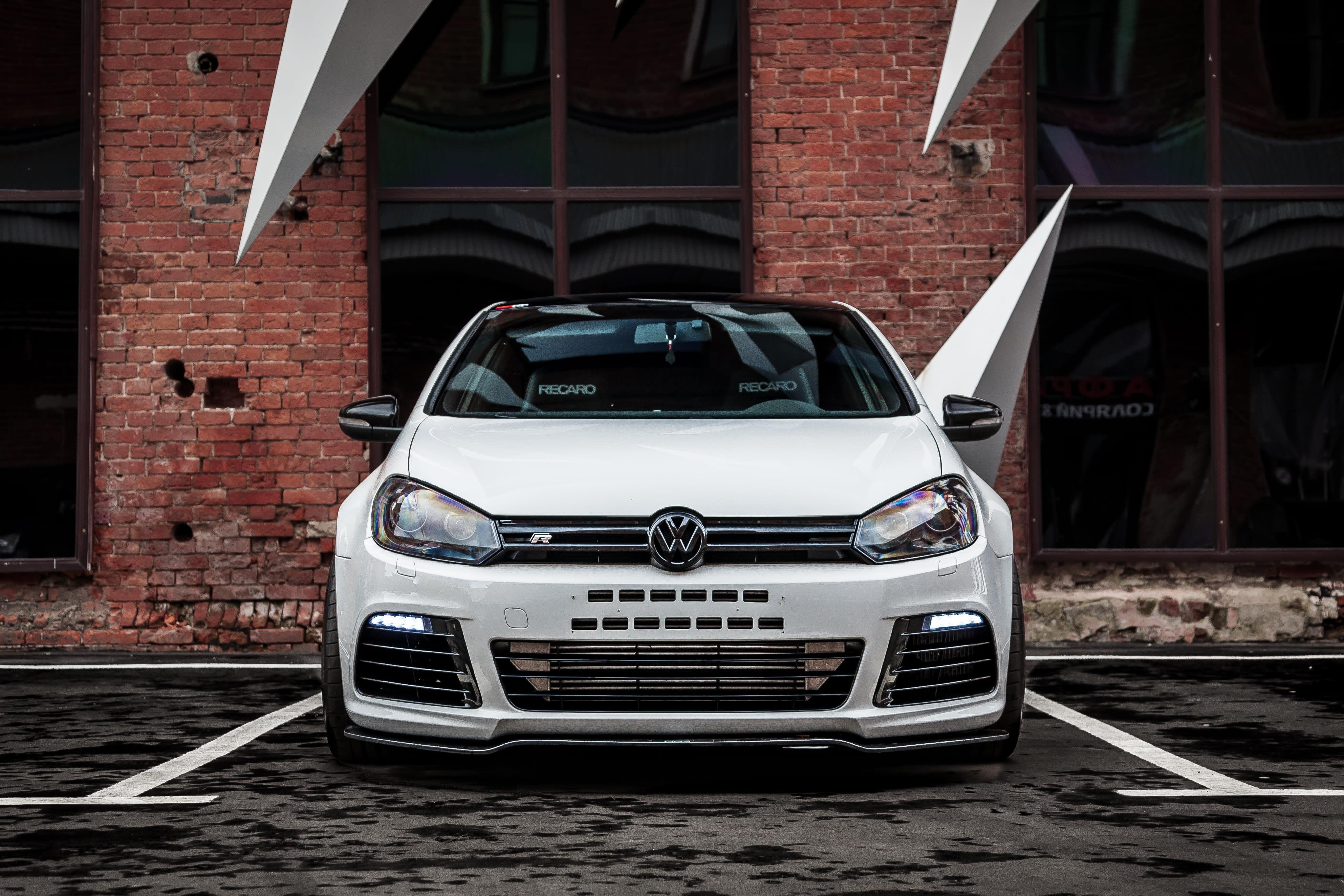 Volkswagen Recalls More Than 500 Golf R Vehicles Due to Potential Fuel Line Break