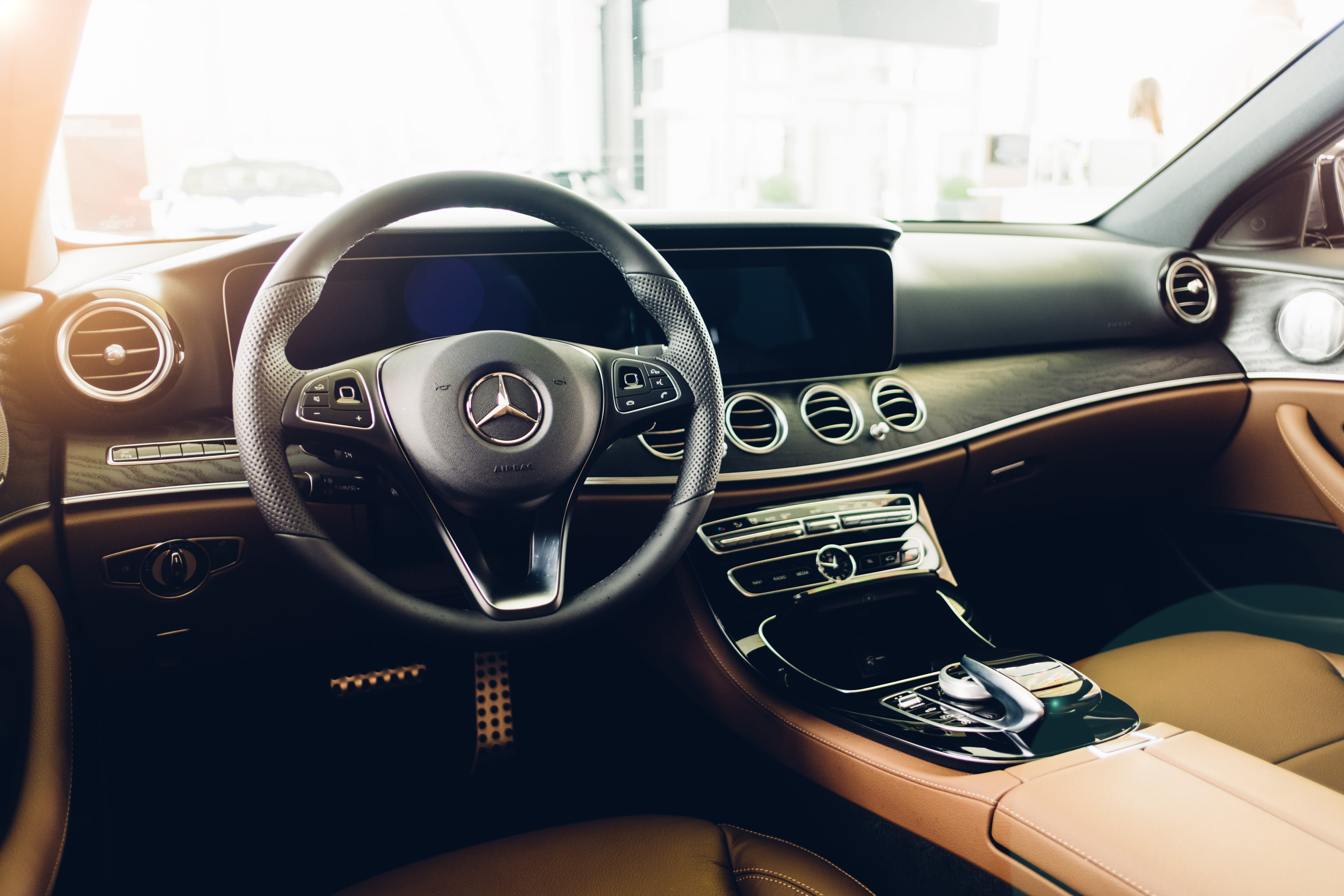 Daimler Recalls More Than 200,000 Mercedes-Benz Vehicles for Airbag Issue
