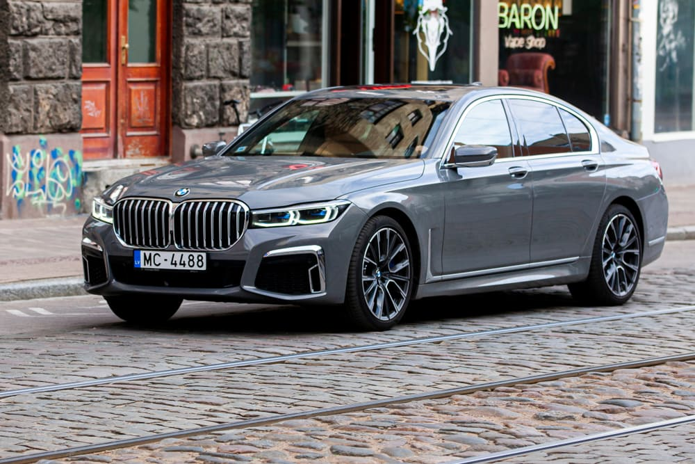 BMW recalls sedans with oil coolant line leaks