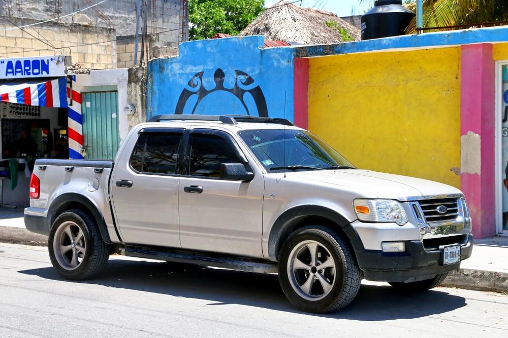 Ford recalls trucks with defective aftermarket door handles