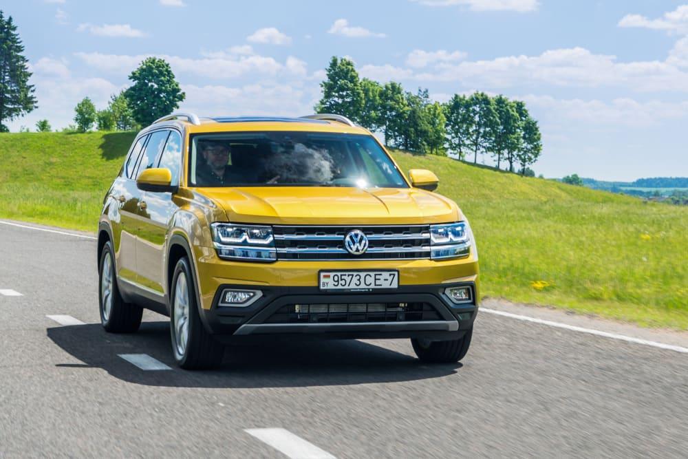 VW Recalls Over 54,500 Atlas Models Due to Seat Belt Buckle Defect