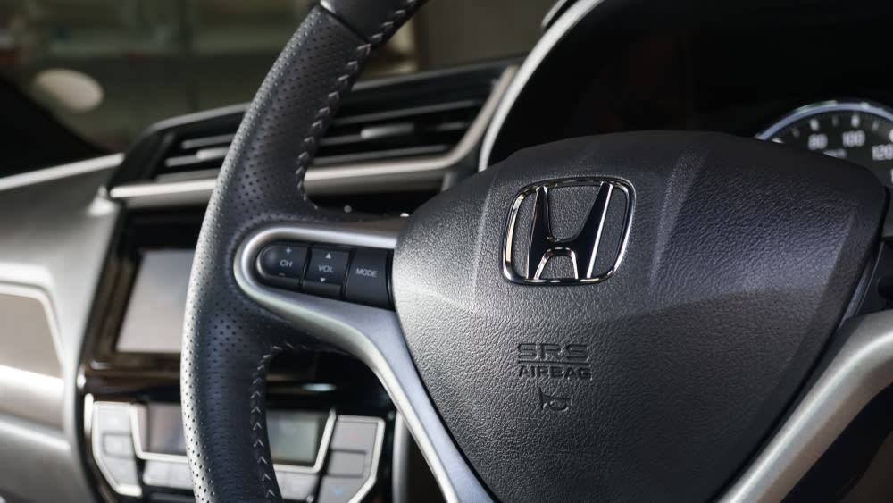 Honda recalls vehicles with defective air bags