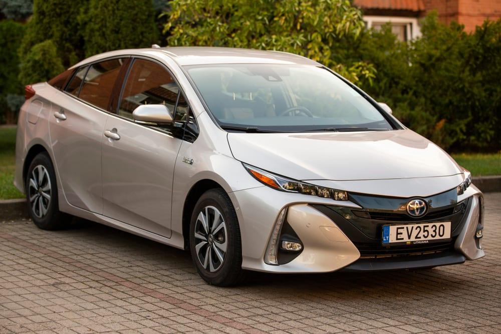 Toyota Halts Prius Sales Over Faulty Parking Brakes