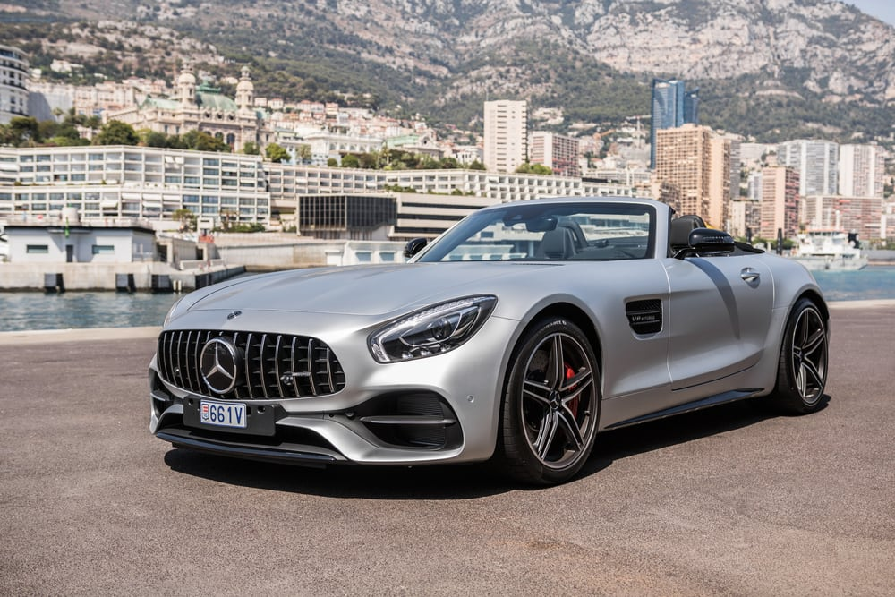 Mercedes recalls vehicles with defective air bags