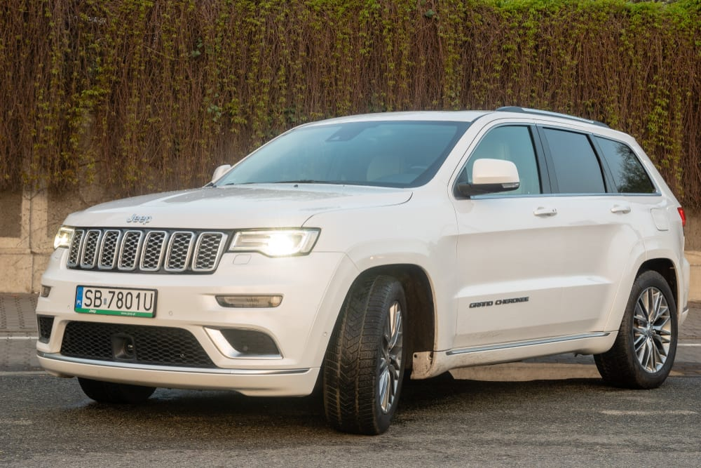 Chrysler recalls vehicles with non-compliant labeling