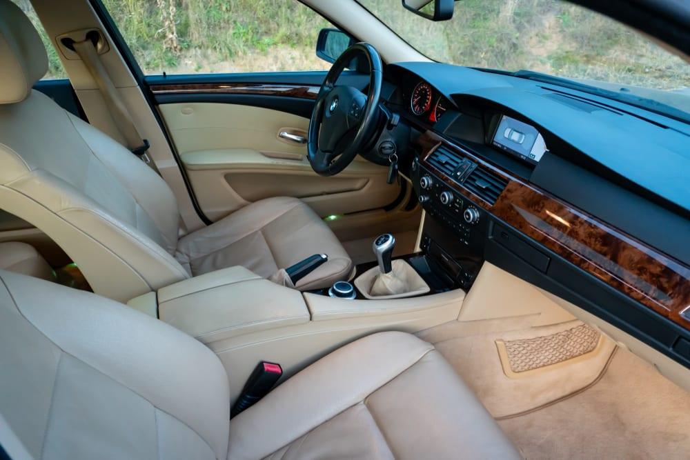 BMW recalls vehicles with defective seatbelts